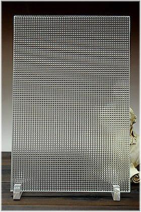チェッカーガラス(リストラルF) A4サイズガラス