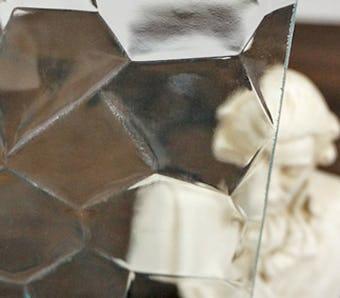 亀甲ガラス拡大