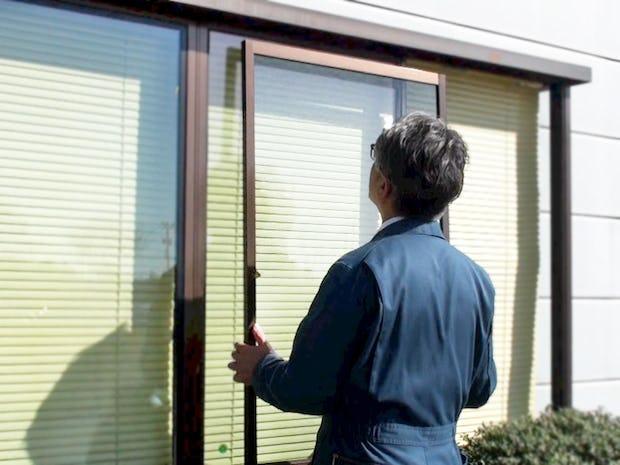 窓ガラスの交換 DIY様子