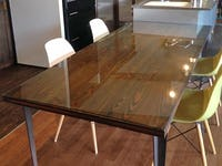 無垢の木テーブルに設置